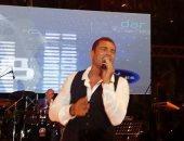 "شاهد .. عمرو دياب يشعل حفل دار الهندسة .. ""فيديو وصور"""