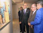 """بالصور.. وزير الثقافة يفتتح معرض """"عودة إلى المصنع"""" للفنان فتحى عفيفى بقاعة أفق"""