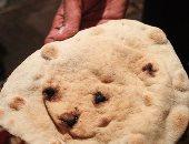 أهالى قرى بالبحيرة يطالبون بخبز آدمى