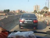 """سيارة بدون لوحات تمر أمام """"كمين"""" فى طريق """"بنها - الزقازيق"""" بالقليوبية"""