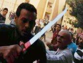المؤبد لعاطل بتهمة قتل شخص فى مشاجرة بسبب خلافات الجيرة بالسلام