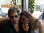 """ياسمين عبدالعزيز تنشر صورتها مع آل باتشينو فى هوليوود على """"إنستجرام"""""""