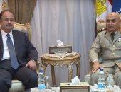 بالفيديو.. وزير الدفاع يستقبل وزير الداخلية للتهنئة بذكرى انتصار أكتوبر