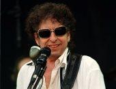 تعرف على الجيتار الذى تركه بوب ديلان على متن طائرة وبيع برقم خرافى