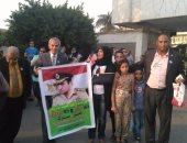 """أنصار """"مبارك"""" يوجهون الشتائم لمحامى شهداء 25 يناير داخل """"النقض"""""""