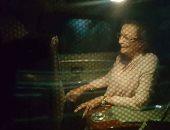"""""""آسف يا ريس"""" تنشر صور سوزان مبارك بعد زيارتها الرئيس الأسبق بمستشفى المعادى"""