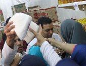 محافظ المنوفية ووكيل وزارة التموين يطلقان حملة لتوزيع 4 أطنان سكر بالسادات