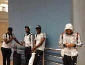 """بالصور.. بعثة """"الزمالك"""" تغادر مطار القاهرة وسط تدابير أمنية مشددة"""