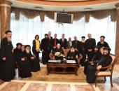 وفد الكنيسة القبطية يستقبل رئيس أساقفة النمسا فى مطار القاهرة