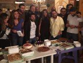"""بالصور.. داليا مصطفى وأحمد السعدنى وريهام حجاج يحتفلون بانتهاء """"الكبريت الأحمر"""""""