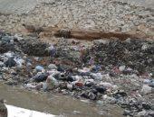 بالصور.. قارئ يحذر من انهيار الطريق الدائرى بسبب عربات القمامة