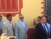 وزير التنمية المحلية يفتتح تطوير القرى الأكثر فقرا بمركز أبو المطامير