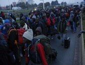 مهاجرى كاليه يعودون لشوارع باريس.. والسكان ينددون بتواجدهم