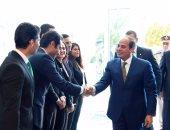 الصفحة الرسمية للرئيس تنشر فيديو التقاط صور تذكارية مع شباب المؤتمر