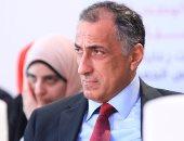 بالصور.. طارق عامر: لا يمكن وضع أموالنا فى مصانع مهمتها الاستيراد.. وأدعو للإصلاح