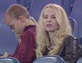 زوجة إبرا تفضل مشاهدة تألق صلاح ورفاقه عن متابعة لقاء يونايتد مع تشيلسى