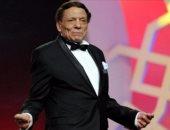 الرئيس التونسى يكرم عادل إمام ويمنحه وسام رئيس الجمهورية للثقافة