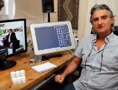 """صانع أفلام إنجليزى يوثق رحلة علاجه المجانية من """"فيروس c"""" فى مصر"""
