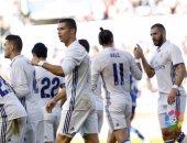 بالفيديو.. ريال مدريد يغرد منفردا بصدارة الليجا برباعية فى ألافيس