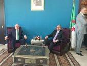 بالصور.. حلمى النمنم يتفقد معرض الثورة الجزائرية