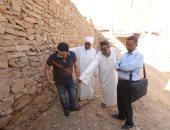 """بالصور.. فريق """"حديد المصريين"""" يتفقد قرية """"توشكى"""" بالنوبة تمهيدا لإعمارها"""