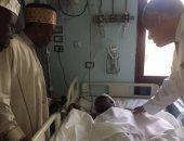 السفير النيجيرى يزور جامعة المنصورة للاطمئنان على الحالة الصحية لطالبين