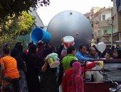 """بالصور.. محطة القناطر الخيرية تدفع بـ""""عربات مياه"""" بعد انقطاعها منذ 3 أيام"""