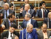 """وكيل """"اقتصادية البرلمان"""" ينسحب من الاجتماع اعتراضا على إدارة على المصيلحى"""