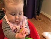 قبل ما تسألى.. تعرفى على قائمة الأكلات الصحية لطفلك فى عمر 6 أشهر