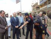بالصور .. مساعد وزير الداخلية يشارك فى بيان عملى لشفط تجمعات المياه