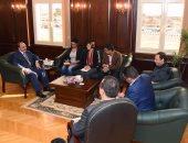 سفير بريطانيا بالإسكندرية: لدينا شركات مستعدة للتعاون فى تدوير القامة