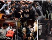 اشتباكات بالأيدى وإصابات فى صفوف النواب داخل برلمان هونج كونج