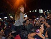 """وصول ريهام سعيد مقر جمع تبرعات حملة """"كلنا مصريين"""" وسط حشد جماهيرى"""
