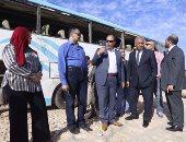"""بالصور.. وفد البرلمان يتفقد آثار السيول بسوهاج..و""""الهيئة الهندسية"""" تنشئ طريق جديد"""