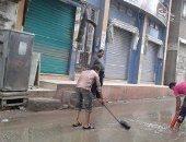 بالصور.. شوارع عزبة البرج بدمياط تغرق فى مياه الأمطار