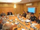 محافظة قنا يكلف بعقد لجنة دائمة لاتخاذ التدابير اللازمة للحد من آثار السيول