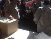 أوقاف الإسكندرية :توزيع 2 طن ونصف سلع غذائية على أهالى خورشيد