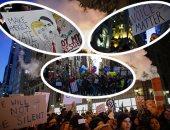 """بالفيديو والصور.. هدوء حذر بعد ليلة من الاحتجاجات ضد """"ترامب"""".. المتظاهرون يهتفون """"لا للفاشية"""" و""""ليس رئيسى"""".. الشرطة تضبط اثنين من مطلقى النار فى مظاهرات """"بورتلاند"""".. واستعدادات لمظاهرات """"يوم التنصيب"""""""