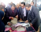 وزير القوى العاملة  يزور شركة الشوربجى ويؤكد: المنتج المصرى قادر على منافسة الأجنبى