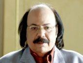 طلعت زكريا عن شائعة وفاته: اللى يقول يقول