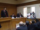 حبس 7 متهمين بتزوير أختام والاستيلاء على ملايين الدولارات من البنوك 15 يوما