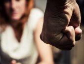 """حليمة تطالب بحبس زوجها: """"يرفض دفع نفقة طفلتيه وطلب من المدرسة طردهما"""""""