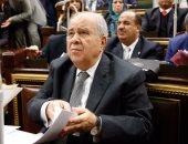 """نائب بجلسة البرلمان: الحكومة فاشلة.. ومجدى العجاتى: """"ما تشتمش"""""""