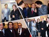 """نجوم السياسة والأدب والفن فى معرض """"أسطح زمنية"""" لـ أحمد شيحا"""