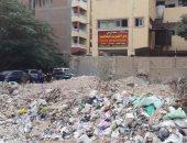 بالفيديو.. قارئ يستغيث بالمسئولين لرفع أنقاض عقار بجوار مدرسة فى الهرم