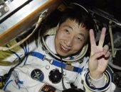 أول رائد فضاء صينى: سمعت أصواتا غريبة أثناء رحلتى فى الفضاء