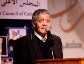 محمد إبراهيم أبو سنة: عبد المعطى حجازى وأدونيس يستحقان جائزة نوبل