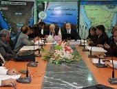 محافظ جنوب سيناء يبحث حل 10 مشكلات للمستثمرين والشركات