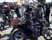 بالصور.. تهريب مئات الدراجات النارية إلى غزة عبر الأنفاق