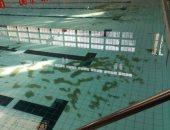 بالصور.. أولياء أمور طلاب مسابقة السباحة بالجيزة يشكون من تلوث المياه